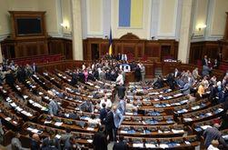 Свобода намерена заглушать выступления депутатов на русском языке книжкой Януковича - Тягнибок