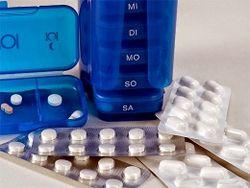 Медики: что должно быть в аптечке при поездке на дачу