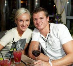 Бузовой и Тарасову пришлось расстаться сразу после свадьбы