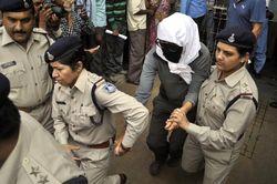Пятеро индийцев уже сознались в изнасиловании туристки из Швейцарии