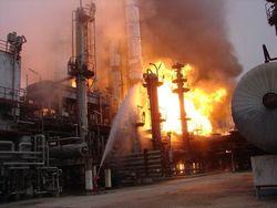 Крупнейший пожар на химзаводе в Сумгаите потушен