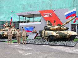 «Уралвагонзавод» представил Т-90С и «Терминатор» на выставке в Париже