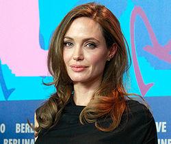 Анджелина Джоли впервые после операции показалась на публике