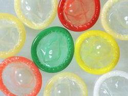 Украинец хотел контрабандой переправить в Россию презервативы