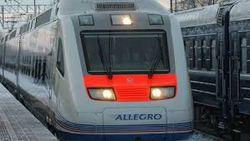 Пассажиров из опаздывающих поездов высаживали под Киевом в чистом поле