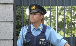 Токио: неизвестный напал с ножом на группу детей - преступник задержан