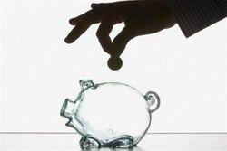 Удар по гривне: украинцы доверяют депозитам банков не больше, чем в кризис 2008г.