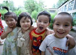 В Казахстане в детский сад можно устроиться через интернет