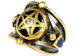 «Магический» перстень Ринго Старра продан с аукциона
