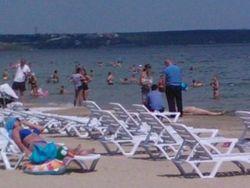 В одесской Лузановке отдыхающие обнаружили в море труп женщины