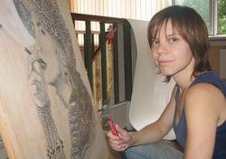 Творчество и PR: в Одессе художница создает портреты из гвоздей