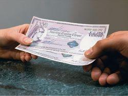 Банк Хрещатик прекращает продажу дорожных чеков American Express