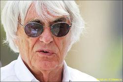 Босс Формулы-1 Экклстоун уйдет в отставку из-за финансовых махинаций
