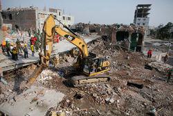Стали известны причины обрушения здания фабрики в Бангладеш
