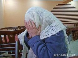 В Узбекистане пенсии от стариков прячут… в банках