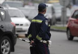 Сегодня в центре Киева пьяный мотоциклист сбил сотрудника ГАИ