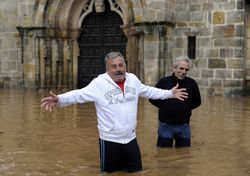 Удар по туризму: юг Испании под водой