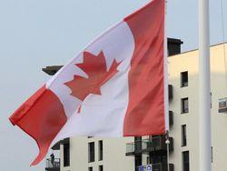Канада закрывает свои посольства в мусульманских странах