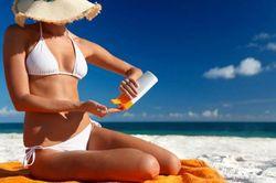Крем от солнца омолаживает кожу – ученые