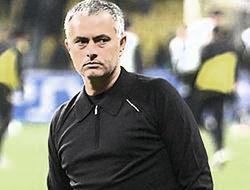 9 млн фунтов в год за возвращение Моуриньо в «Челси»