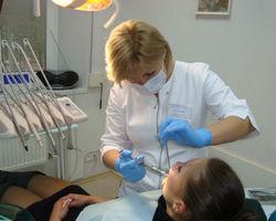 Украина: визит к стоматологу обернулся смертью пациентки