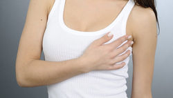 Чем старше женщина, тем выше у нее шансы заболеть раком груди – врачи
