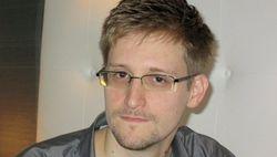 Владимир Путин объявил, что Сноуден может остаться в России
