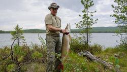 Когда же были сделаны фото Путина в Туве со щукой – Одноклассники.ру
