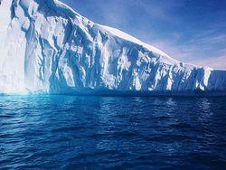 Гигантский айсберг размером с территорию Москвы откололся в Антарктиде