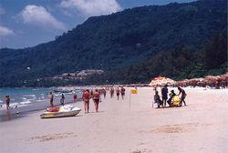 29-летний турист из России утонул на пляже Пхукета, будучи по колено в воде