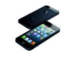 "iPhone 5 назвали ""гадким утенком"" Apple. Отзывы Facebook и ВКонтакте"