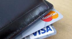 Банки Узбекистана приостанавливают услуги онлайн покупок с VISA и Master Card
