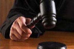 Нравы и экономика: Сын через суд отрекается от матери-гастарбайтерши