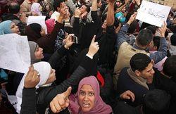 Жена опального лидера Египта заявила, что он «скоро вернется»