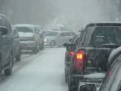 снегопад на дорогах