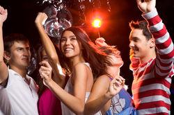 Почему таджикским студентам запрещают посещение дискотек?