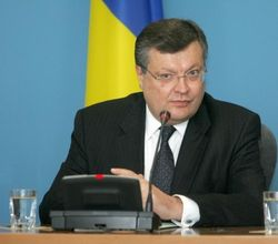 Для чего глава украинского МИД отправится в Узбекситан?