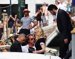 Мадонна в роли режиссера покорила Венецию