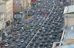 Причины двухкилометровой пробки у станции метро Кантемировская