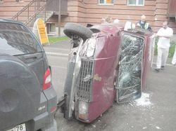 В Москве Mercedes и Renault столкнулись «лоб в лоб»