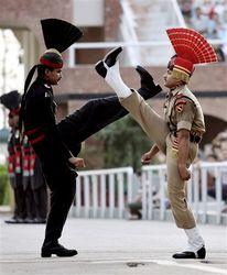 Для чего Индия увеличивает численность национальной армии?