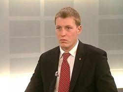 Один из депутатов «Единой России» называет партию «жуликами и ворами»?