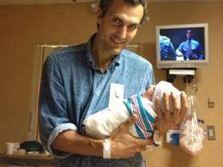 В Twitter Орбакайте появились фото ее новорожденной дочери