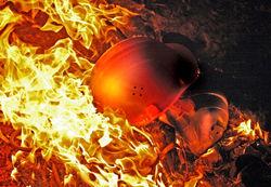 Один шахтер спасся из огня в Луганской области