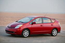 Toyota Prius признан одним из лучших автомобилей для города