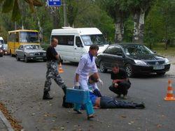 Маршрутное такси без тормозов сбило насмерть пешехода