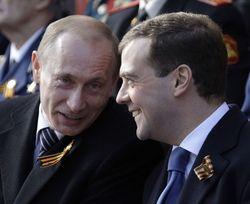 Российский Президент и Премьер продолжают повышать свой рейтинг?