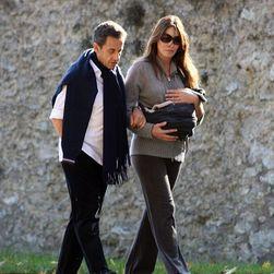 В интернете появились фотографии маленькой дочери Саркози