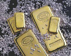 Инвесторы в ожидании падения цен на золото и серебро