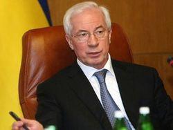 Азаров аргументировал рост стоимости бензина ценами на нефть